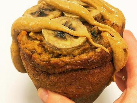 BANANA ALMOND BUTTER PROTEIN MUG CAKE