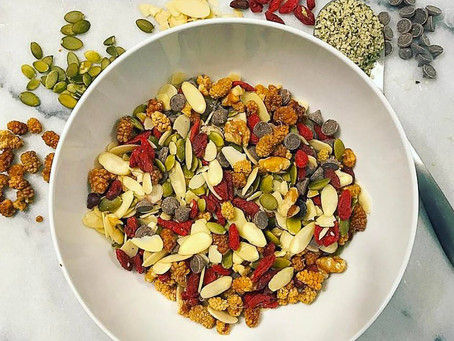 SIMPLE GRAIN-FREE TRAIL MIX