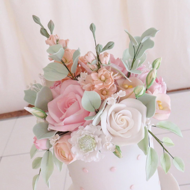 Sugar flowers including Stocks,roses and scabiosa