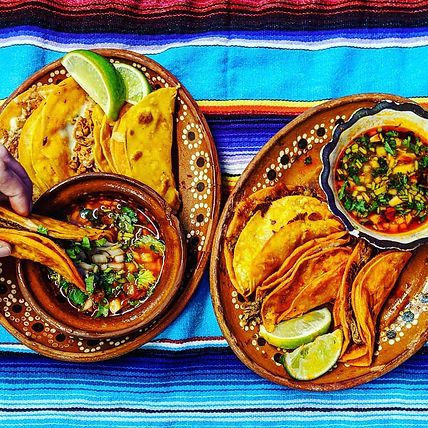 Mariachi-Dine-In-classic-beef-and-vegan-