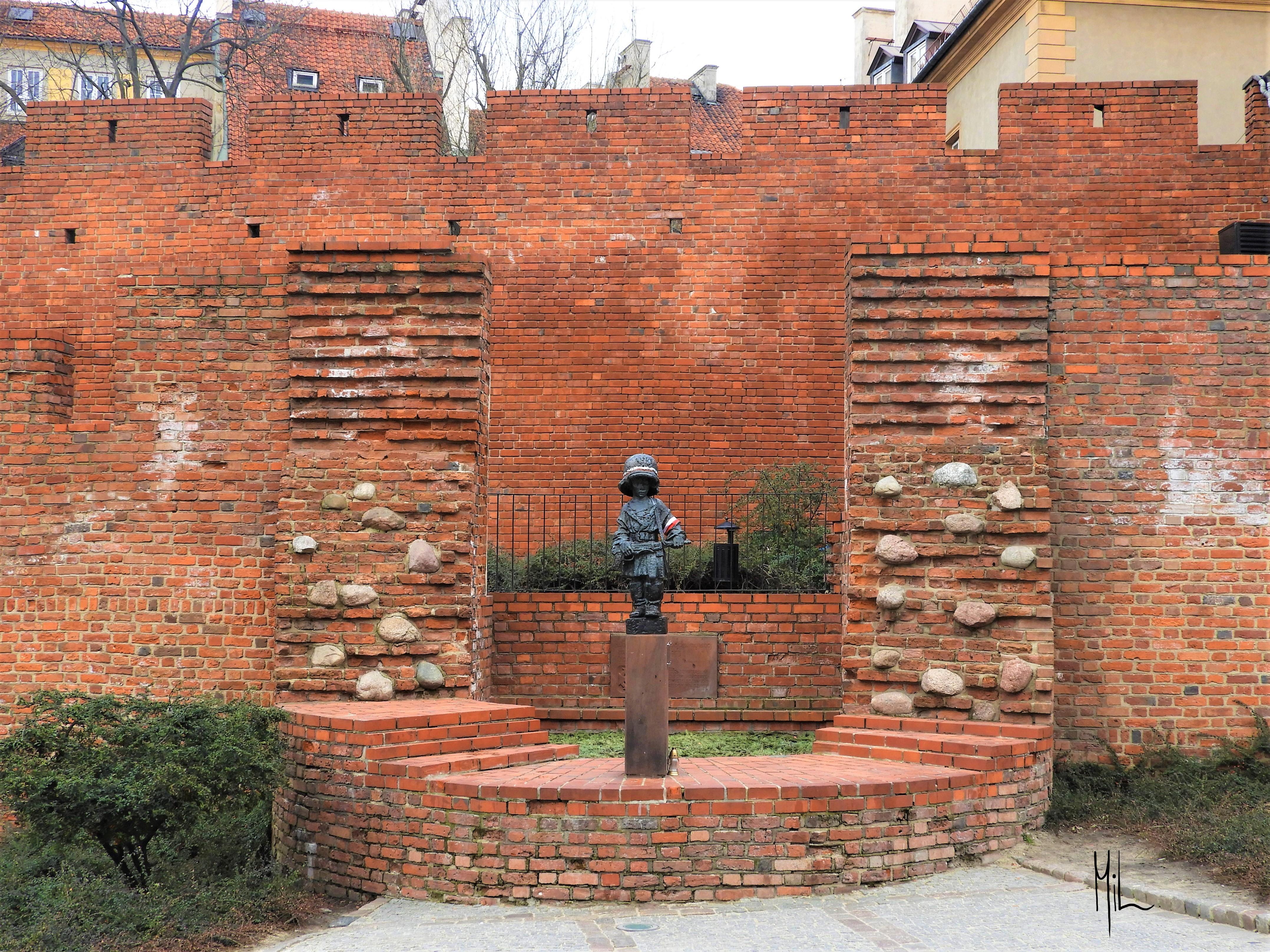 Statue i Old Town Warszawa