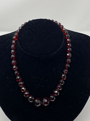 Vintage Faceted Ruby Red Glass Graduated Crystal Bead Necklace