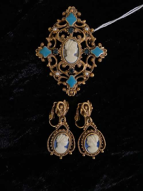 Florenza Cameo Brooch and Earrings Set