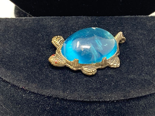 Blue Jelly Belly Turtle Pin
