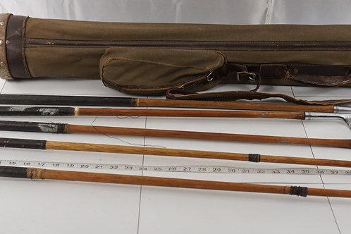 Vintage Golf Bag With 5 Windsor Shaft Clubs