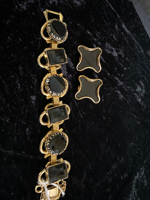 Set with Bracelet Jet Black Flat and Faceted Stone Set in Gold Tone Metal