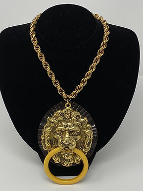 Bakelite Ring-in-Mouth Lion with Interlocking Chain