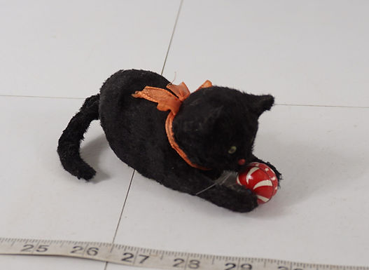 1950s/60s Windup Black Cat Playing Ball - Occupied Japan - W