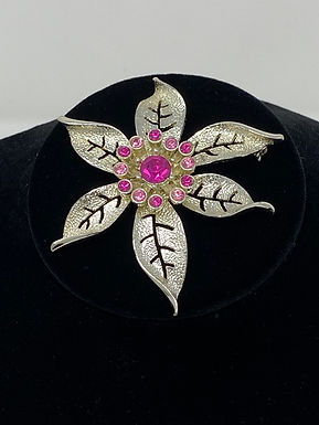 Sarah Coventry Poinsettia Brooch