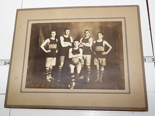 Black And White Photo Of Wichita Basketball Team