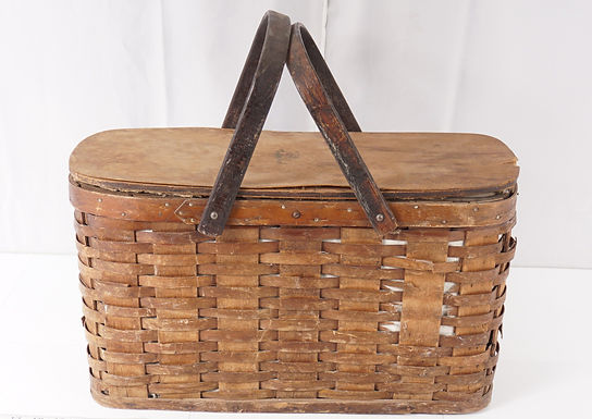 Wicker Picnic Basket With Tin Lining Ca 1930