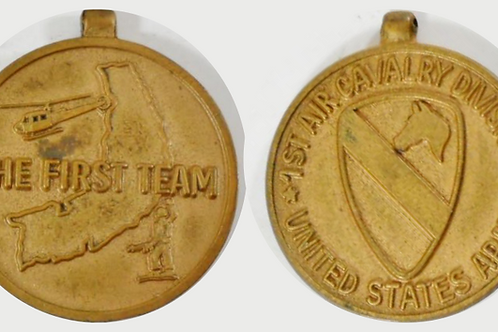 """Pendant """"First Air Calvary Division United States Army"""""""