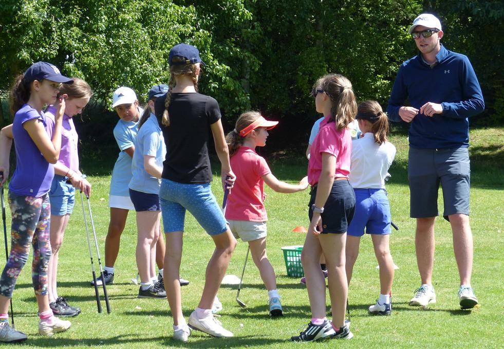Junior-development-girls-at-Kingsway-201