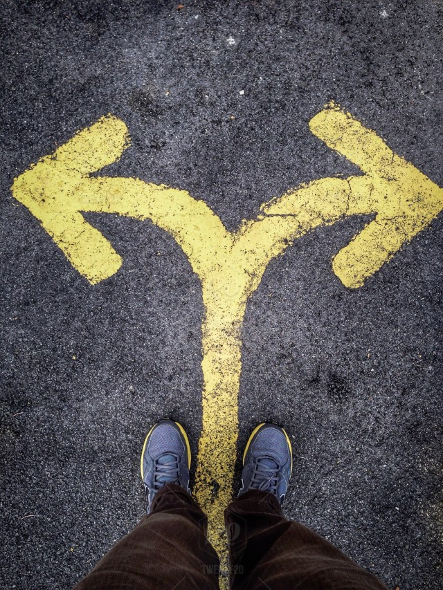 stock-photo-yellow-direction-decisions-arrow-shoes-feet-stand-left-right-33e5c817-5bde-4530-a773-f8dc25b5f013.jpg