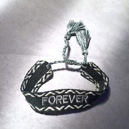 Lulu´s Salon Forever Armband dunkel grün