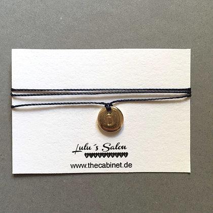 Lulu´s Salon Initial Wrap Armband D gold