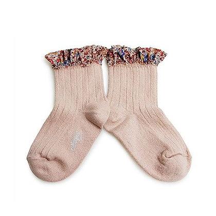 Collégien Liberty Ruffle Ankle Socks (No.331 Vieux Rose)