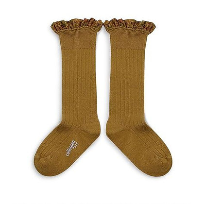 Collégien Liberty Ruffle Knee-High Socks (No.C37 Moutarde de Dijon)