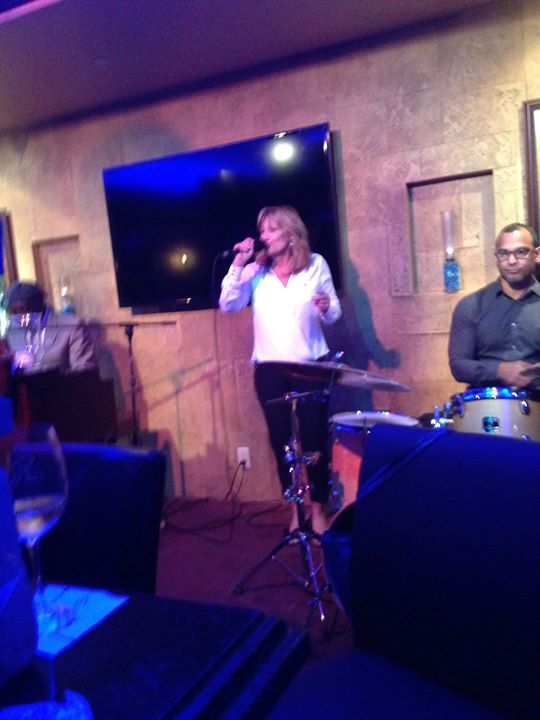 Singing songs_cafevico_#cafevico #ftlauderdale