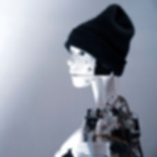 LIFT-Momo-01-1080x1080.jpg