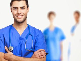 Cercasi medici ed infermieri