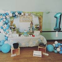 Birthday sweet table