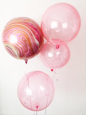 Pink balloon bouquet