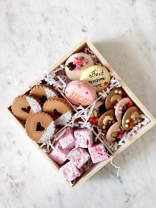 Mom's Candy Box