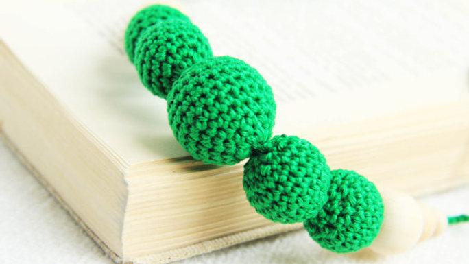 Smaragdgrönt amningshalsband