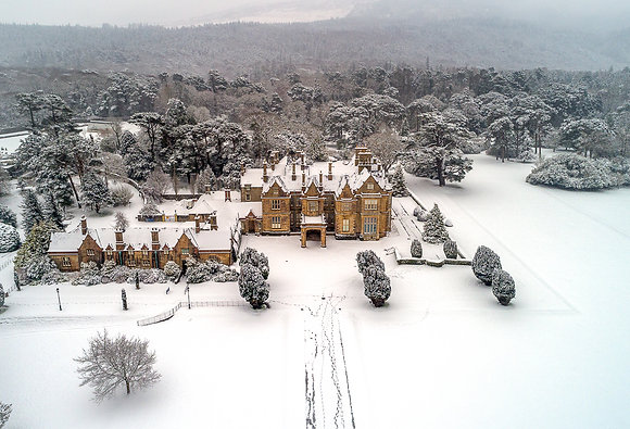 Muckross House snow