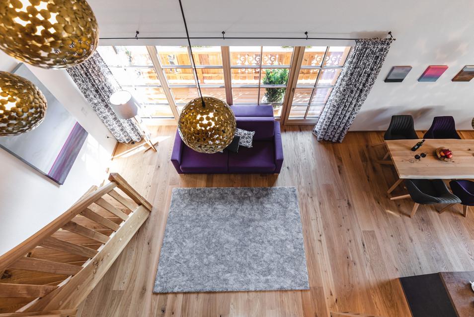 Interior 10
