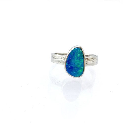 Doublet opal ring set in 925 silver / M3SR320D