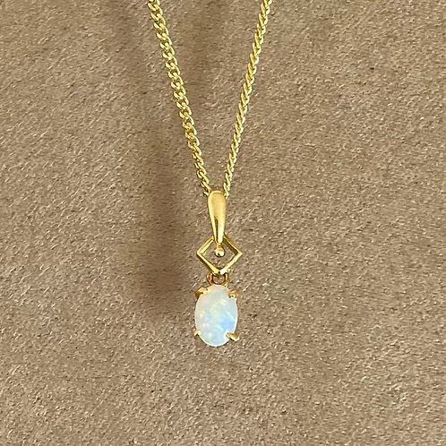 White opal pendant set in 18k gold with gold plated chain / M3GP20