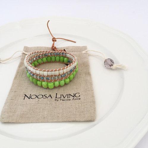 3 wrap bracelet / Pistachio green & Crystal on Tan