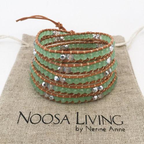 5 wrap bracelet / jade green on tan leather