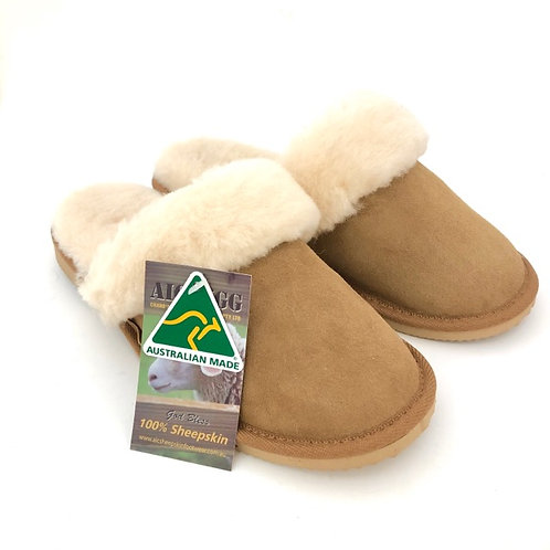 Ladies Water Resistance Sheepskin Slippers / Size 6 ( 23cm)