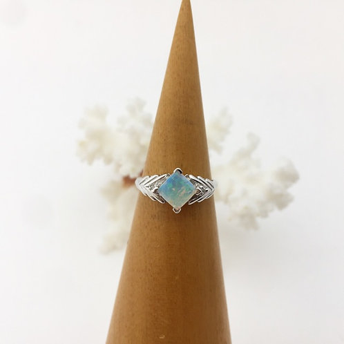 White opal ring set in 18k white gold  / R5808