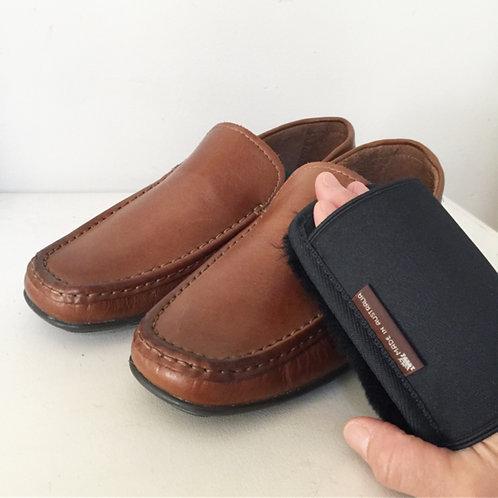 Sheepskin Shoe Buffing Pad / Black