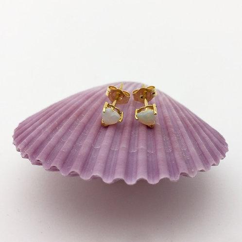 Love heart White opal stud earrings set in 18k yellow gold / ER1627