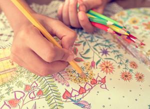 Fermati e colora: quali sono i benefici?