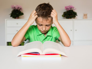 I disturbi dell'apprendimento: ci sono dei segnali premonitori a cui il genitore può fare attenzione