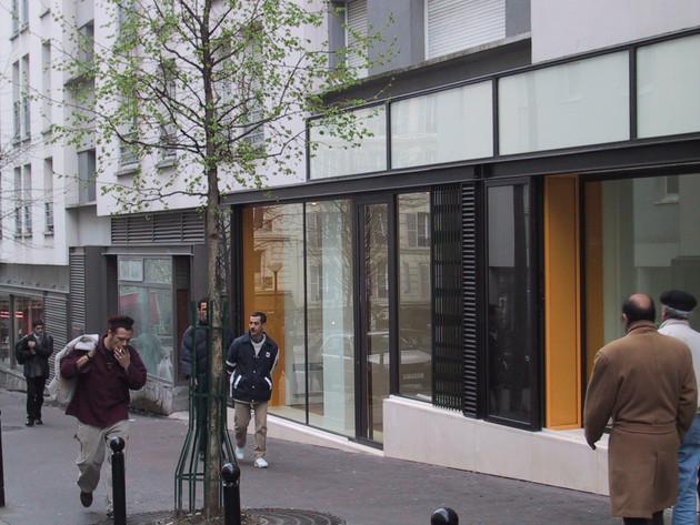 Emsemble de 10 boutiques à la Goutte d'or à Paris 18ème (75)