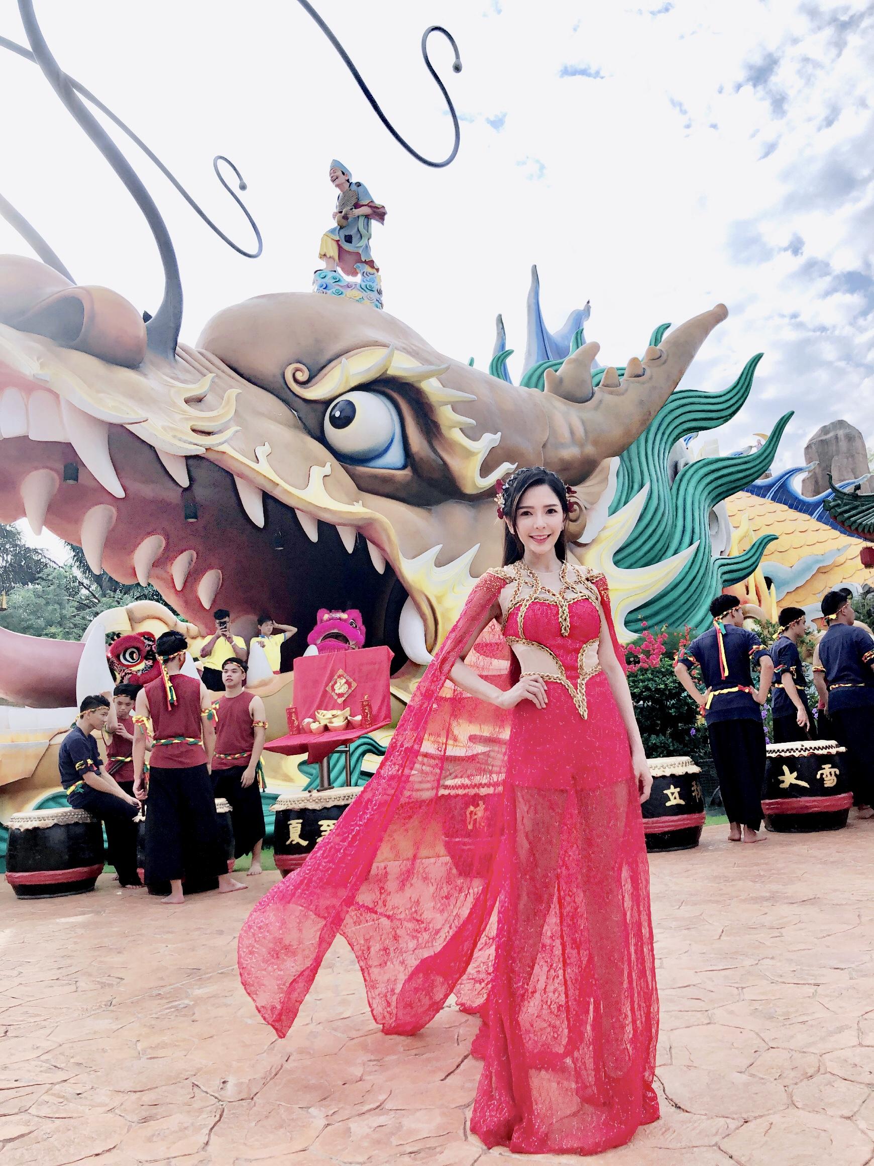 Stella Chung for album CNY 2019