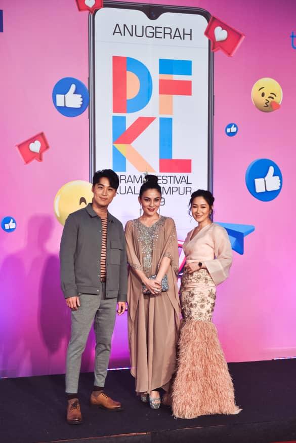 MayJune(Right) during Drama Festival KL Awards Night