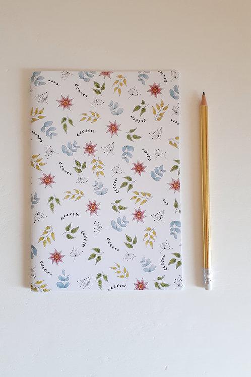 4 cahier fleuri fond blanc