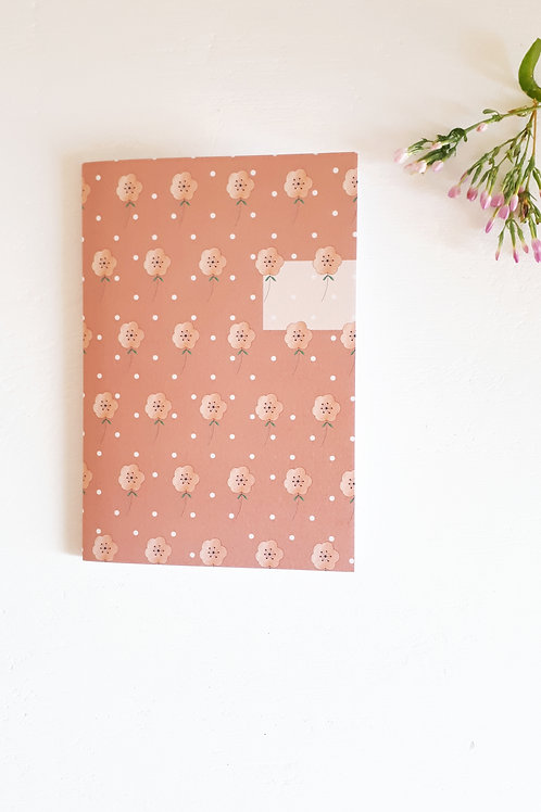 16 Notebook fleuri fond rose noisette