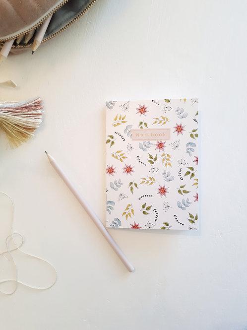 12 Notebook fleuri fond blanc