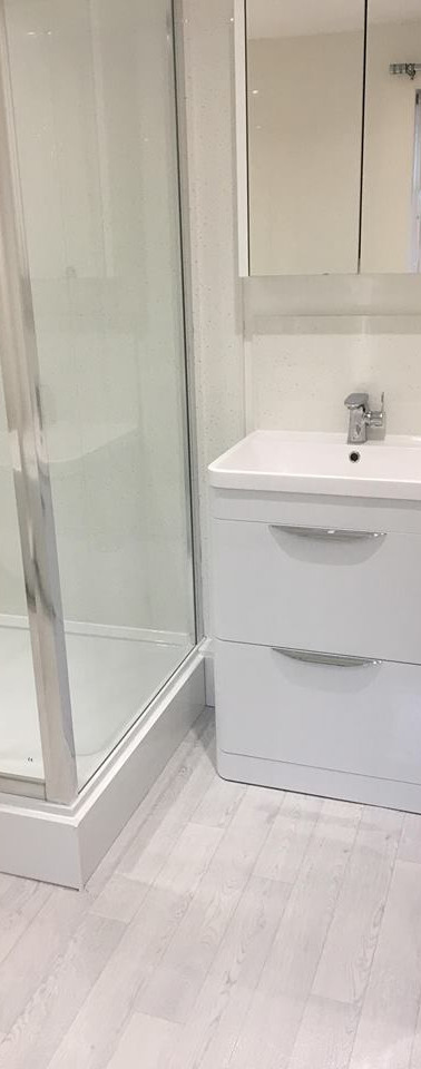 Bathroom_Toilet_Shower_white