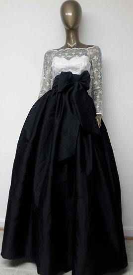 Classic Fine Indian Silk Taffeta Ball Gown Skirt. Attached Sash.