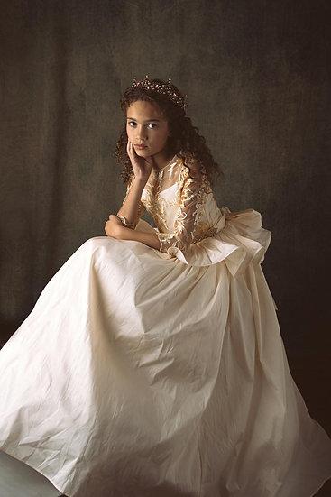 AvaFloris Elegant Taffeta Flower Girl Dress